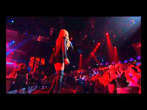 Enrique Iglesias - I can feel your heart beat - X factor 2010