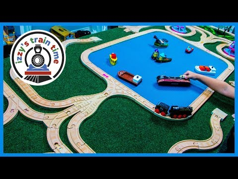 Thomas and Friends Alien Robot Track! Fun Toys and Trains for Kids