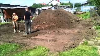House build. Foundations: the vegetable soil. - Namo statyba. Pamatai: Augalinio grunto nukasimas.