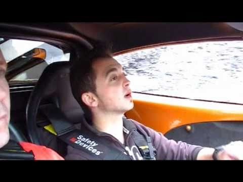 Supercharged Lotus Exige scares Spanish waiter