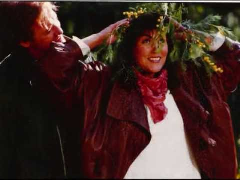 Laura Branigan - Tell Him