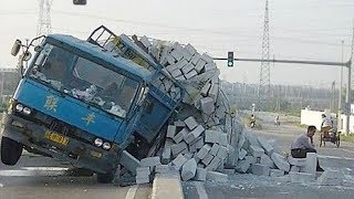 CRAZY DRIVING FAILS CAUGHT ON CAMERA! World