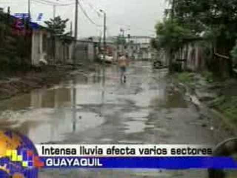 Intensa lluvia afecta varios sectores