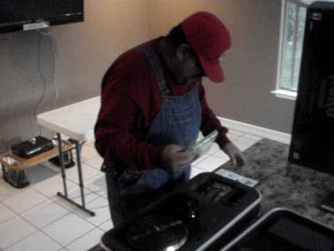 DJ Hero Renegade Edition Unboxing by super Mario