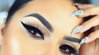THICK WINGED EYELINER TUTORIAL- TIPS & TRICKS