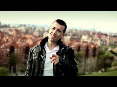 Santaflow - No Temeré   Eminem - Not Afraid (en Español) video