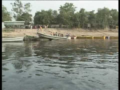 Ravi River Lahore Pakistan / Kamran Ki Bara Dari