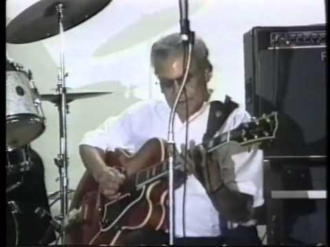 Benny Garcia and Eldon Shamblin playing San Antonio Rose