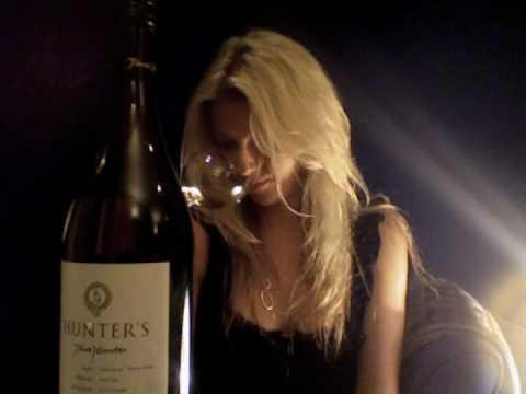 Hunters Sauvignon Blanc 2009 Wine Review