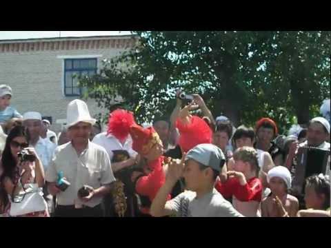 Детский танец современного казаха 10.06.2012 г.Катайск.