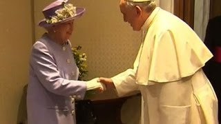 Queen Elizabeth meets privately with (Pope Francis)  4/3/14