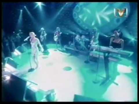 Geri Halliwell - Circles Round The Moon