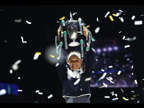 2017 WTA Finals Final | Caroline Wozniacki vs Venus Williams | WTA Highlights
