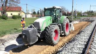 Fendt 936 Vario with stabilization cutter