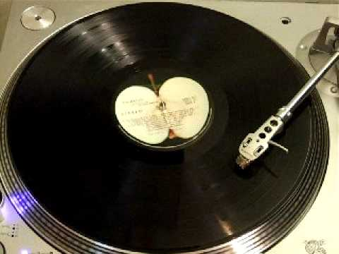 The Beatles - Revolution 9 (vinyl LP - first 40 seconds backwards)