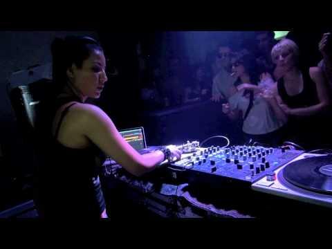 Fernanda Martins / Yo Soy Hard Techno (Bogotá/Colombia * Live video)