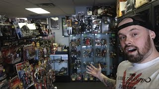 TOY HUNTING AT A NEW TOY STORE   VINTAGE TOYS, NEW MARVEL LEGENDS, FOUR HORSEMEN, NECA AND MORE!