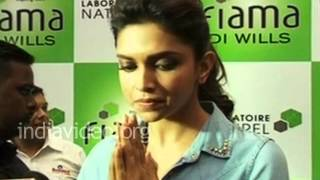 Deepika Padukone Ajmer Dargah Bollywood Actress Indian Cinema