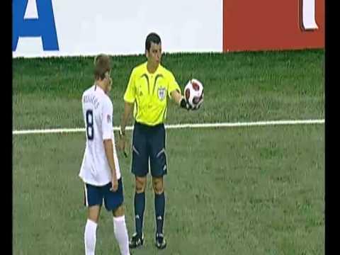 Futbol 11 regla 8 el inicio y la reanudacion del juego for Regla fuera de juego futbol