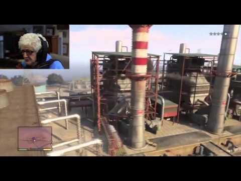 Abuela jugando GTA V