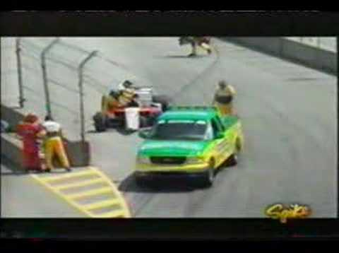 Gaston Mazzacane crashes pre-start, Champ Car Vancouver 2004 Video