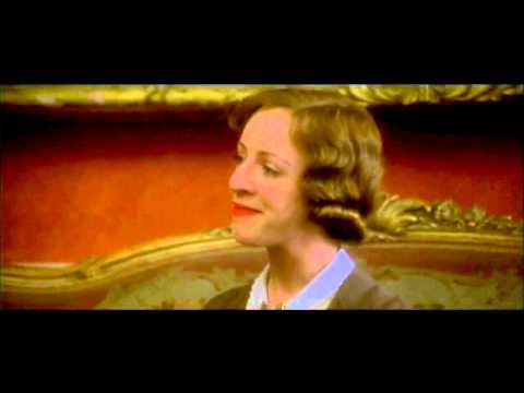 """Gosford Park (2001) - Maggie Smith : """"It Must Be Hard To Know When It's Time To Throw In The Towel?"""""""