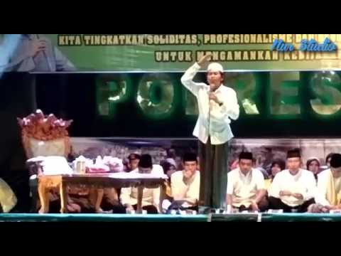 Pengajian KH Anwar Zahid