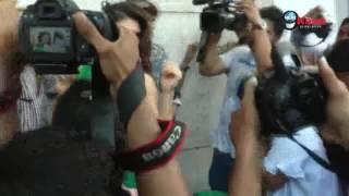 करीना को भी फेल कर गया जैकलीन का ये अंदाज…! | Hot Jacqueline Fernandez Shocks The Crowd