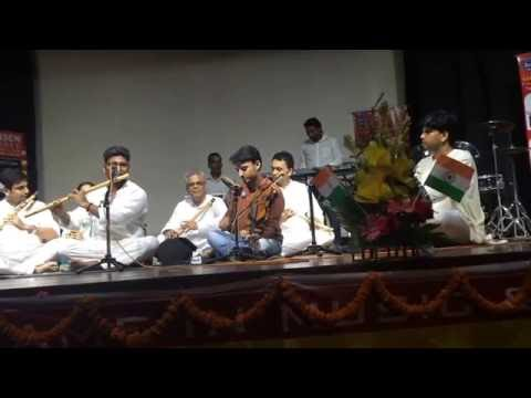 Om Jai Jagdish Hare - Prayer on Flute | Amit Singh Chauhan with his students - Instrumental