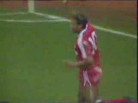 Liverpool vs Brentford, 1988-89, John Barnes goal Video