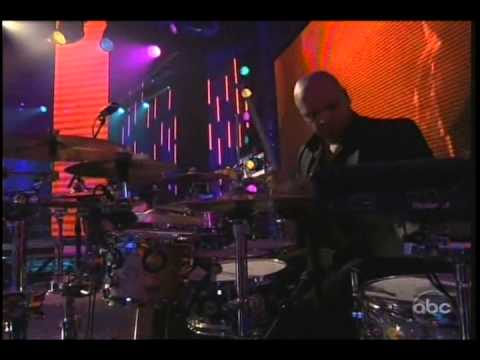 Pitbull Don't Stop The Party Live New Year's Rockin' Eve 2013 video
