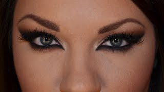 Dramatic Cat Eyes Makeup Look