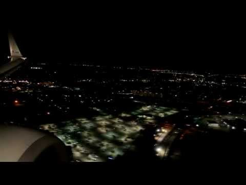 American Airlines: Dallas/Fort Worth Night Landing Runway 13R