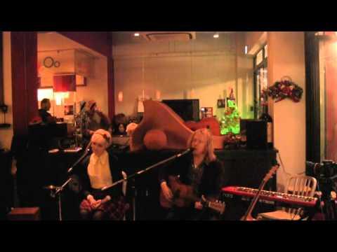 Stu Larsen Acoustic Live - Black Tree