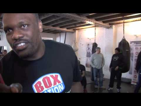 DERECK CHISORA IN BUOYANT MOOD @ MEDIA WORK-OUT AHEAD OF AVILA FIGHT / EXCLUSIVE FOOTAGE