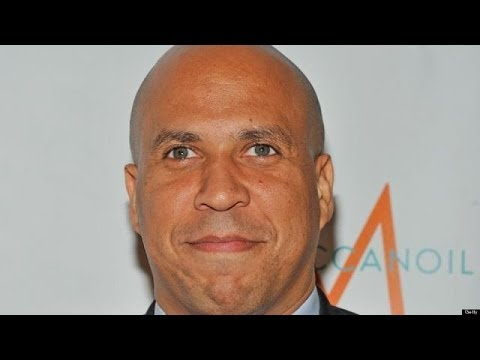 Newark Mayor Cory Booker (D) opened City Hall at 12:01 a.m. on Monday to officiate some of New Jersey's first same-sex marriages. Watch Full Segment Here: ht...