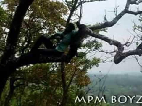 Enne Vittu Piriyanenkil Mpm Boyz video