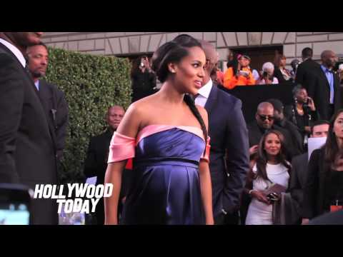 Kerry Washington Pregnant at NAACP Image Awards with Oprah Winfrey!