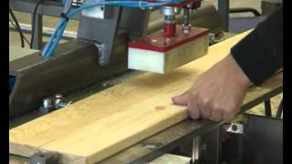 Wooden board vertical milling machine