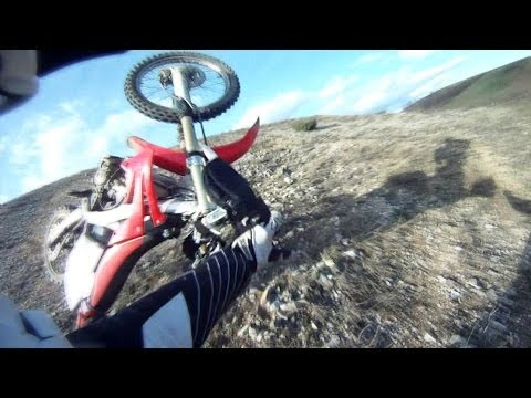 Dirtbike Big Air Crash - Kawasaki KX 250 and Honda CRF 250 Ride