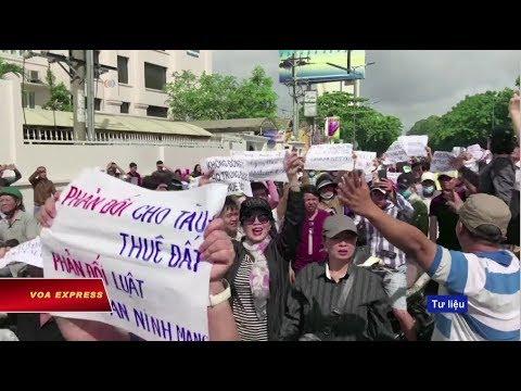 Truyền hình VOA 11/7/18: Người sử dụng Việt muốn Facebook trả lời về 'hợp tác' với chính quyền | đài hoa kỳ voa