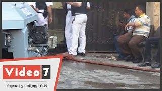 بالفيديو .. قوات الأمن تستعين بخراطيم مياه الإطفاء للسيطرة على أحداث الموسكى