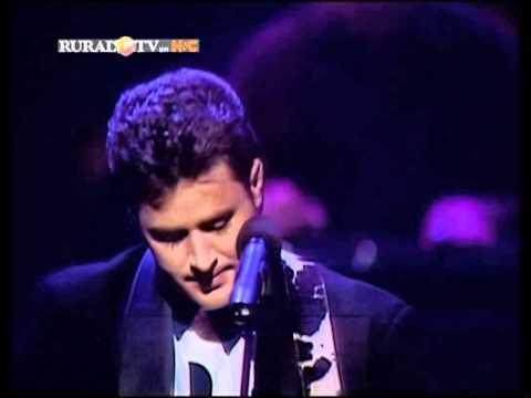Vince Gill - Look At Us with John Hughey (1992)
