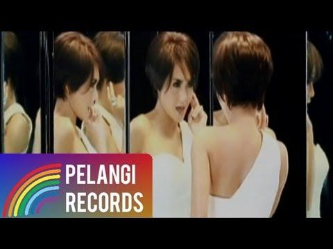 Yuni Shara Feat. Iwa K - Aku Jadi Bingung (Official Music Video)