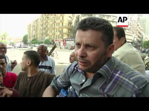 Pro and anti Morsi demonstrators gather a day after violent clashes