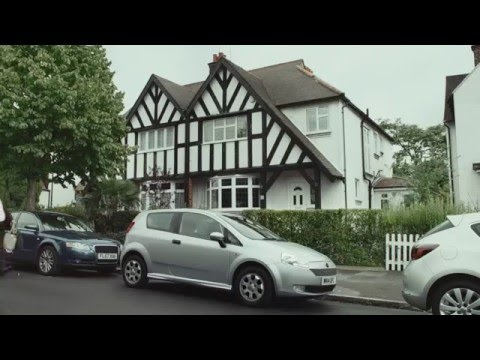 Specsavers Fawlty Car, featuring John Cleese #shouldve