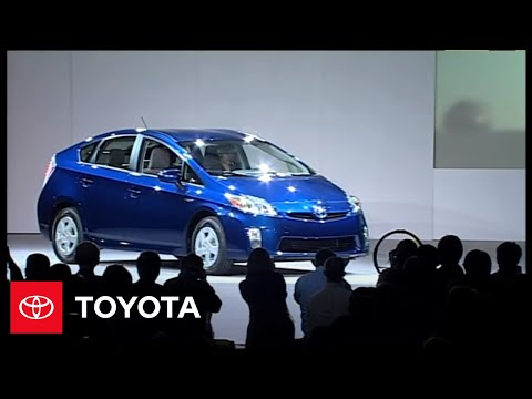 Prius Family Reveal at 2011 North American International Auto Show in Detroit | Toyota