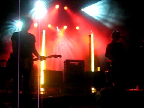 The Raveonettes - Aly, Walk with Me (live in Ghent)