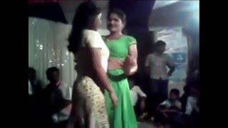 নাচতে নাচতে কাপর খুলে ফেল্লো Super hot & sexy jatra dance