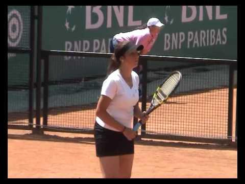 Sara Errani vs Aravane Rezai in Rome 2007